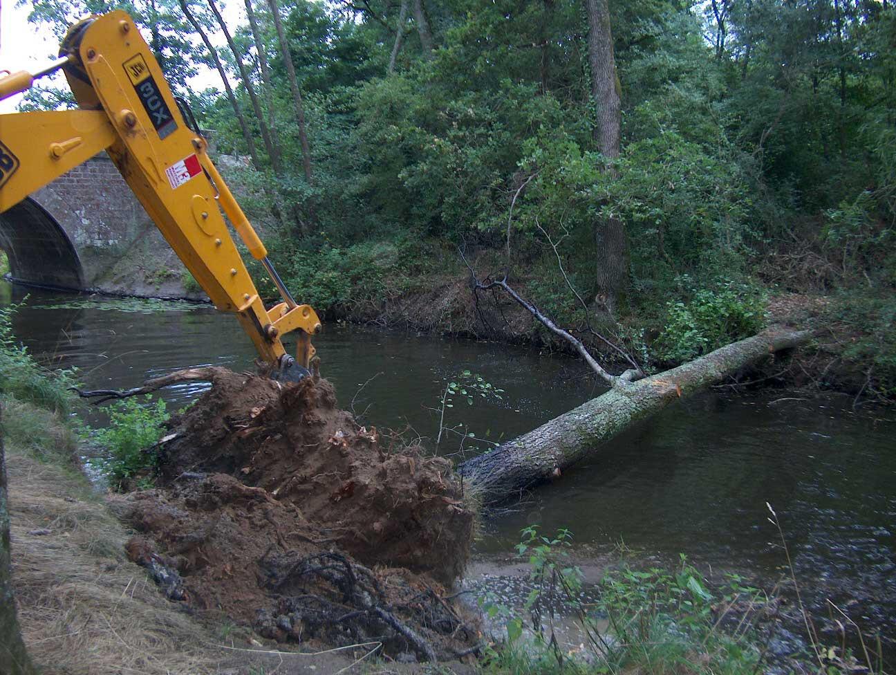 GEMAPI 44 gestion milieux aquatiques prévention des inondations